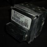 Блок ABS Passat B6