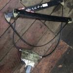 Тросик стеклоподъемника Ауди A6