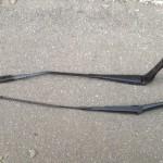 Поводок переднего стеклоочистителя Ауди Q5